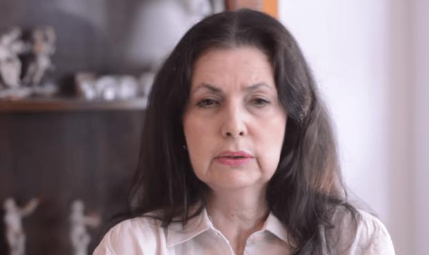 MARIA ELENA UZCATEGUI #MeCuadroConEllas
