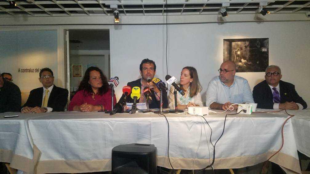 Foro Penal denunció violación de los derechos políticos en Venezuela ante el llamado a elecciones propuesto por la ANC