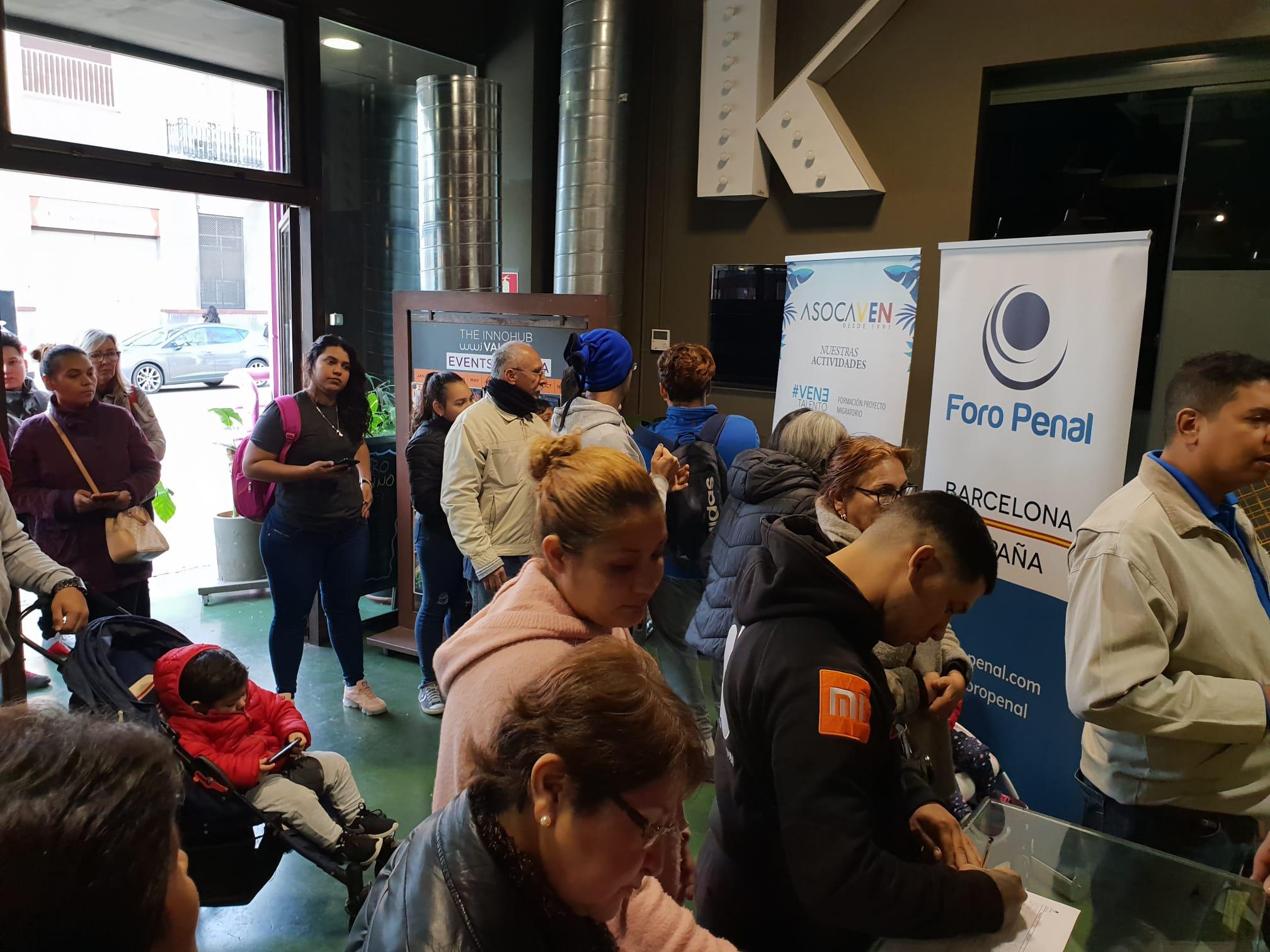 Plan de ayuda para refugiados Recolecta de Ropa y Juguetes -Barcelona España